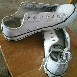 Converse Shoes - Leather Chucks